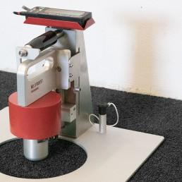 Einsinktiefenmessgerät für Schäume inkl. Druckstempel nach GB/T10357.6-2013